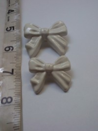 Ribbon ( White)-Button
